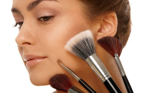 Как правильно делать макияж молодой девушке